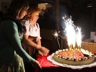 Alles Gute zum 90. Geburtstag, Filomena!
