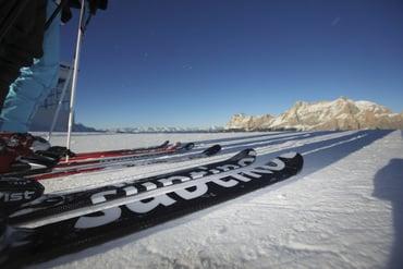 Neu: mit dem Skipass Fassa / Carezza bis zum Sella- und Pordoijoch