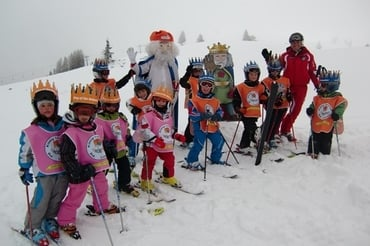 King Laurin children's ski tour in the Carezza-Karersee ski resort