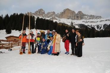 60 Jahre Carezza Ski - Skifahrende Musikanten