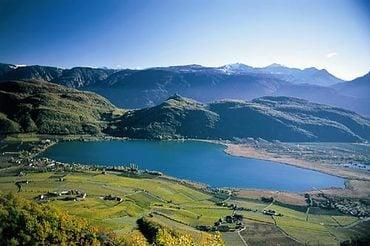 giro lago di Caldaro