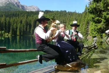 Brass music at Lake Carezza