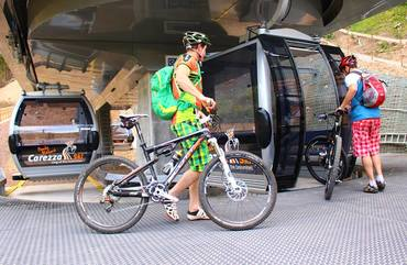 Cable car Welschnofen/Nova Levante with bike transportation